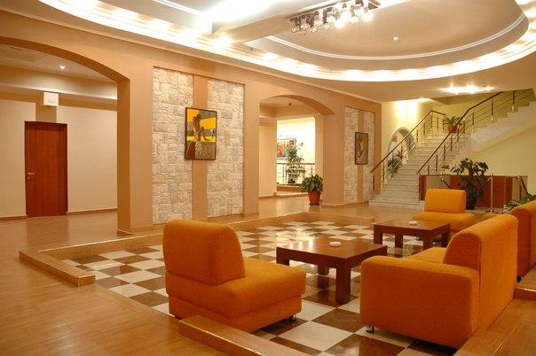 Холл гостиницы. Фото: http://vk.com/public45292583