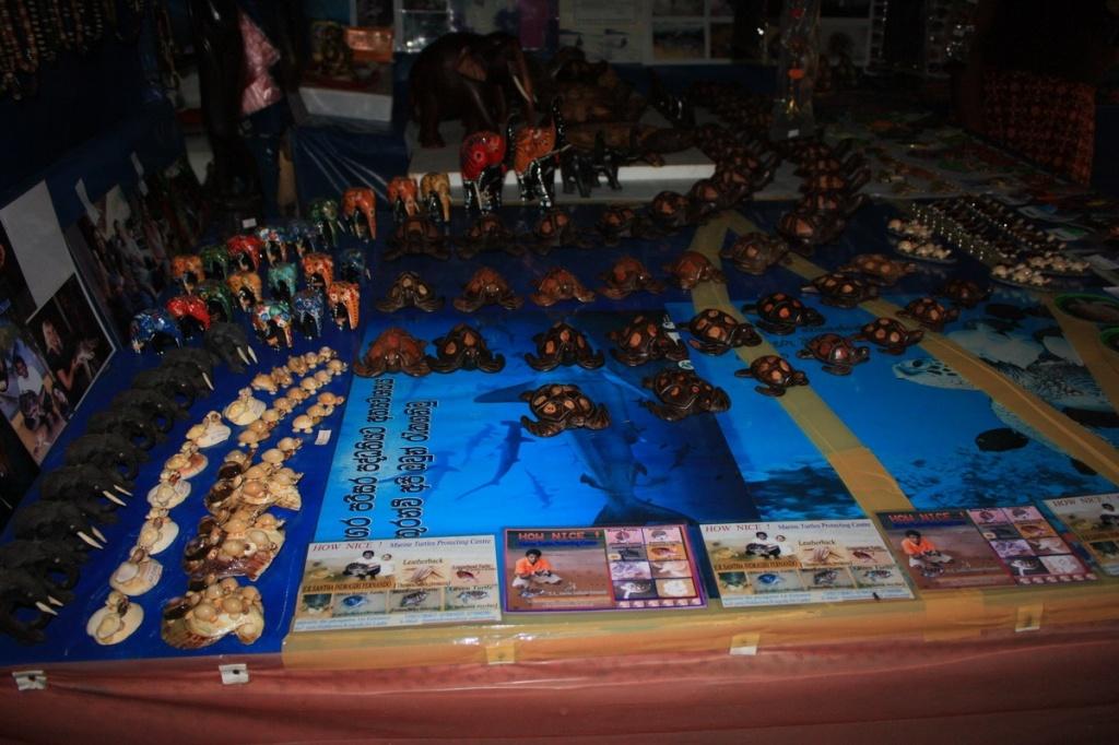 Сувенирная лавка. Фото:  shrilankablog.ru