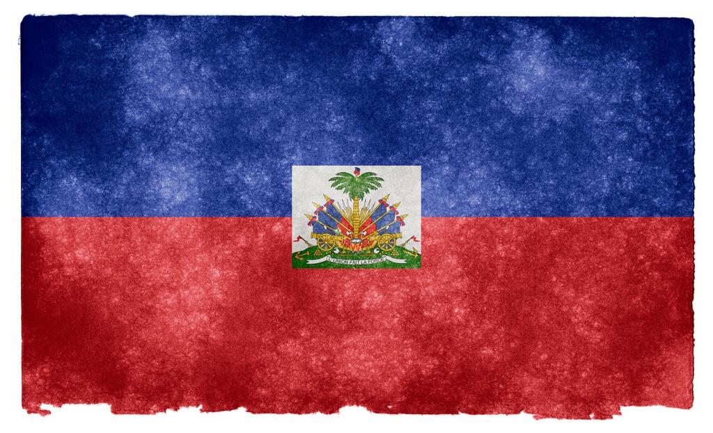 Флаг Гаити. Автор: Free Grunge Textures - www.freestock.ca. Фото:  www.flickr.com