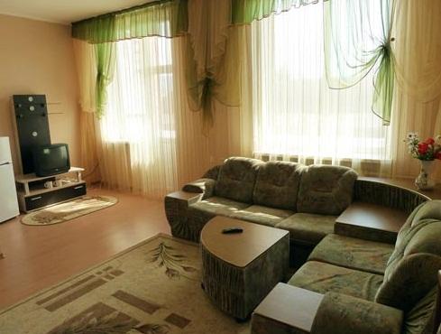Гостиная, номер Люкс. Фото: www.grenada-sochi.ru