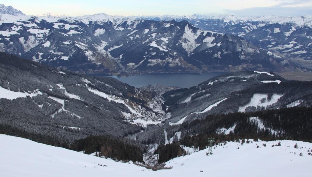 Цель-ам-Зее, вид с вершины.  Фото:  Cristian Bortes