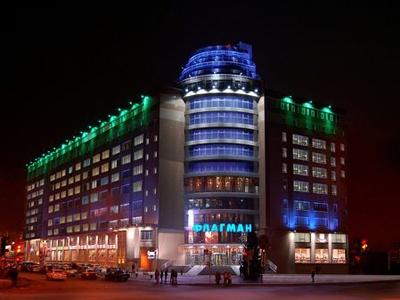 Торгово-офисный центр «Флагман»   www.shopandmall.ru