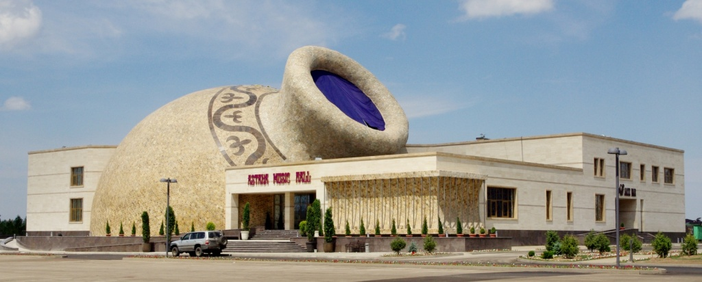 Мюзик-холл в Астане. Автор: Ken and Nyetta. Фото:  www.flickr.com
