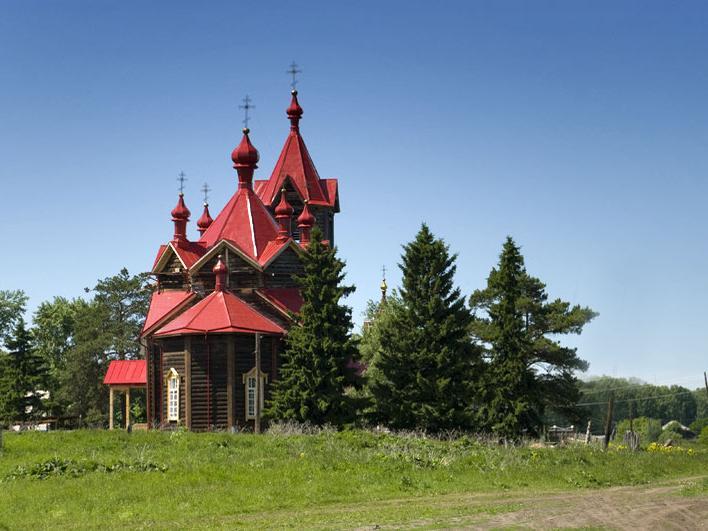 Церковь. Вид с востока. Фото: Олег Борисович Нестеров.