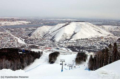 Вид на гору. Фото: www.bobrovylog.ru