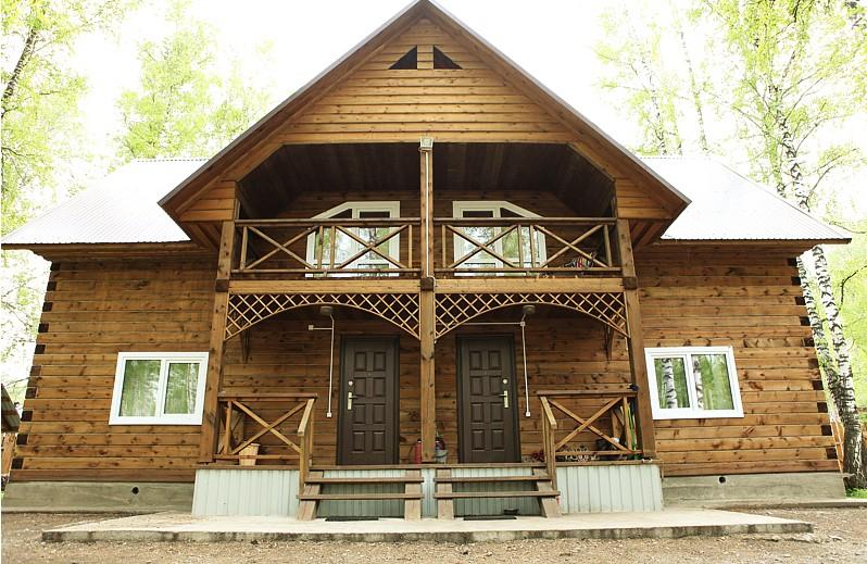 Благоустроенный коттедж. Фото: ozero-aya.narod.ru