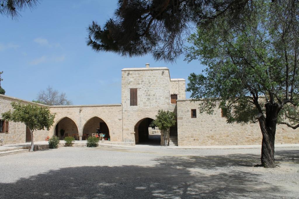Археологический музей, бывший замок рода Лузиньян. Автор: hAl1927. Фото:  www.flickr.com