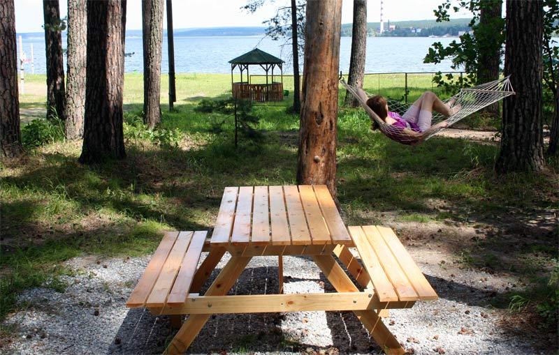 пикник зона возле домиков отдыха