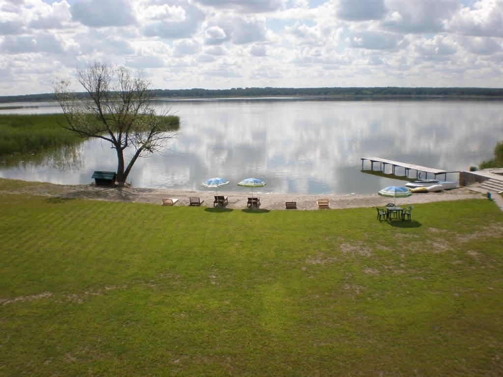 Чистое озеро