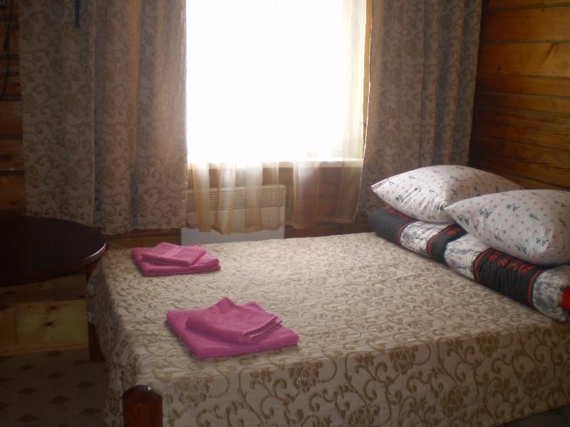 Номер с 2-спальной кроватью