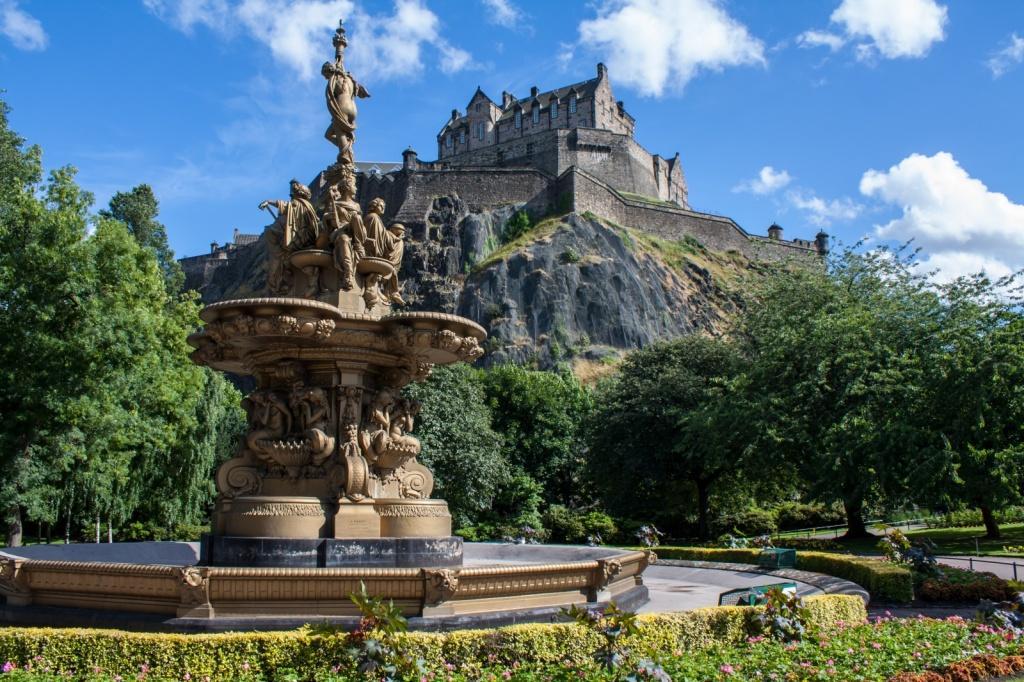Замок Эдинбург. Автор: Simon Q. Фото:  www.flickr.com