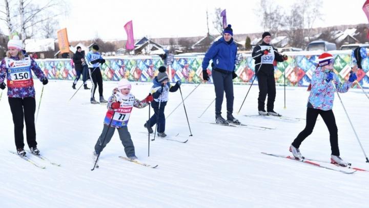 Хоккей в валенках и уроки по шорт-треку: чем заняться в зимние каникулы