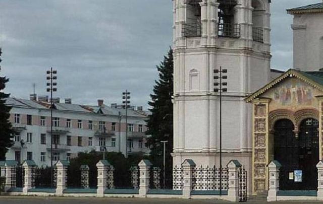 У церкви Ильи Пророка вырастут восьмиметровые фонарные столбы