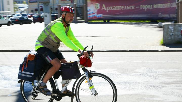 Кубанский велосипедист, отправившийся из Архангельска в Астрахань, уже преодолел половину пути