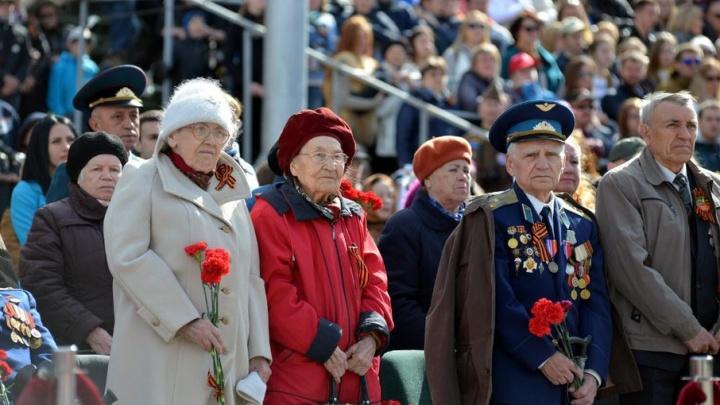 Бесплатный билет и услуги носильщика: в Прикамье РЖД устроило праздничную акцию для ветеранов