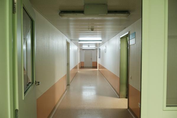 Строительство детской поликлиники должно завершиться в июле 2018 года