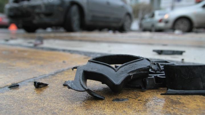 На Мясникова пьяный водитель Suzuki устроил ДТП и скрылся