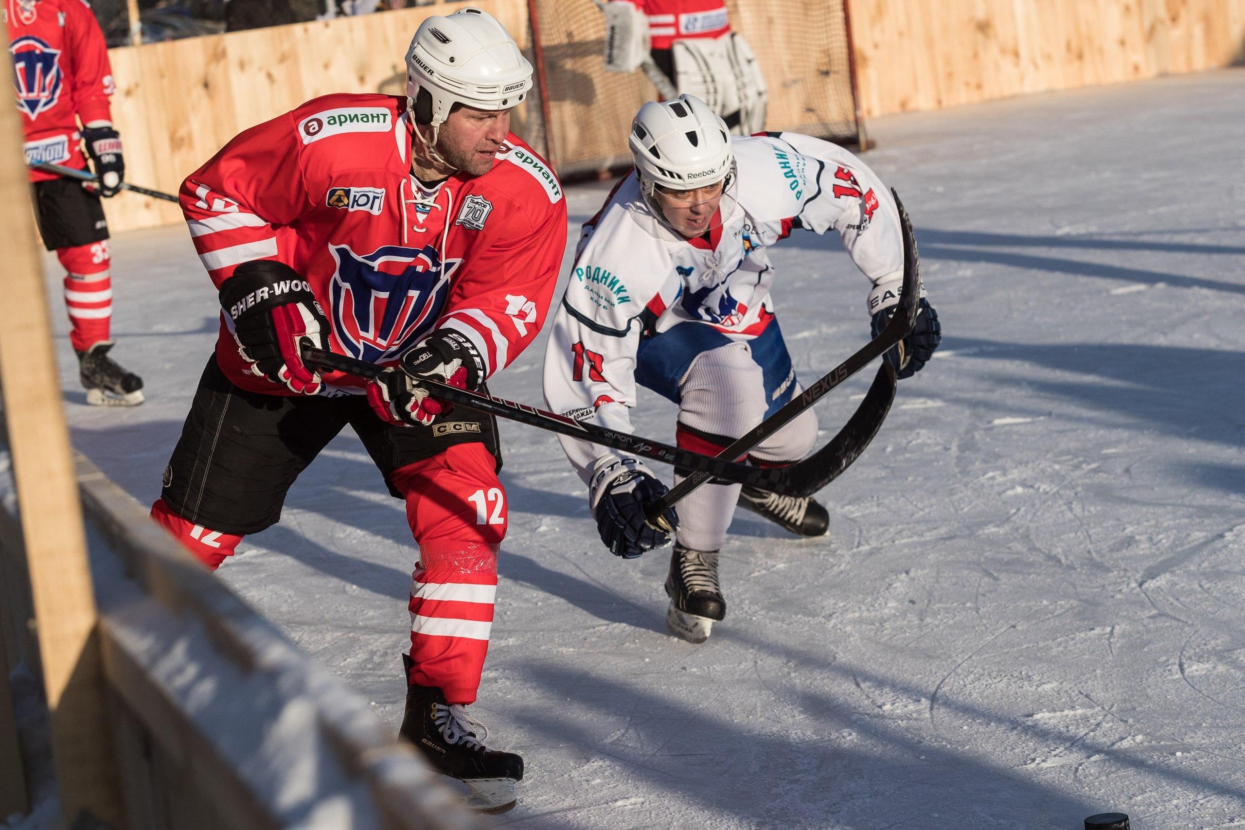 Чёрно-белые сыграли в хоккей со сборной челябинской любительской хоккейной лиги