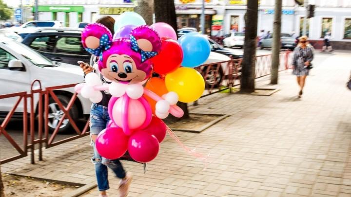 Выходные с76.ru: Дюша Метелкин, театральный карнавал и «Мисс стальные ягодицы»