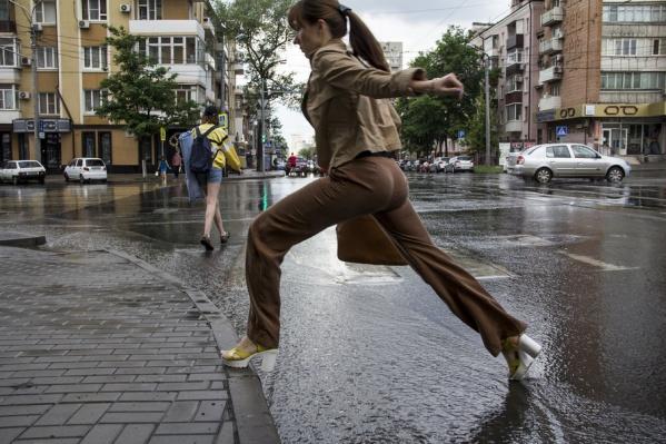 Непогода настигнет жителей Ростовской области вечером 28 июля