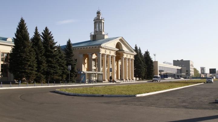 Последний образец сталинского ампира: градозащитники вступились за здание челябинского аэропорта