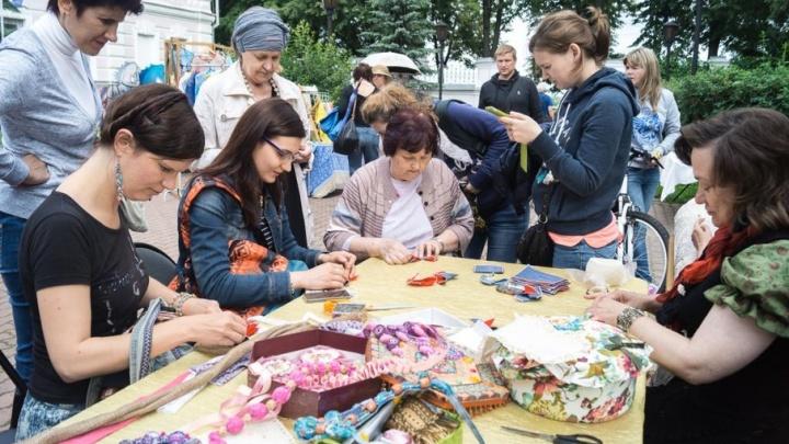 Ярославцы свяжут самый длинный шарф