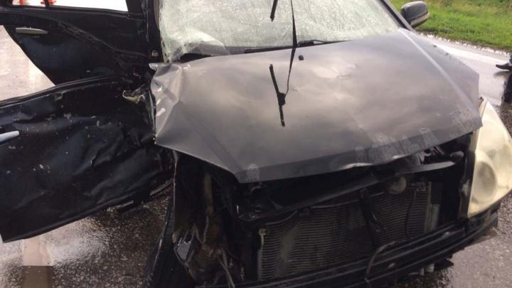 Смертельное ДТП под Самарой: водитель за рулем Gelly вылетел на встречную полосу и врезался в Nissan