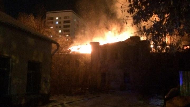 «Имеем виды»: Тефтелев рассказал о судьбе здания, сгоревшего в центре Челябинска
