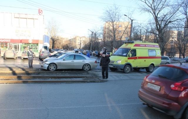 Авария на Российской остановила движение трамваев
