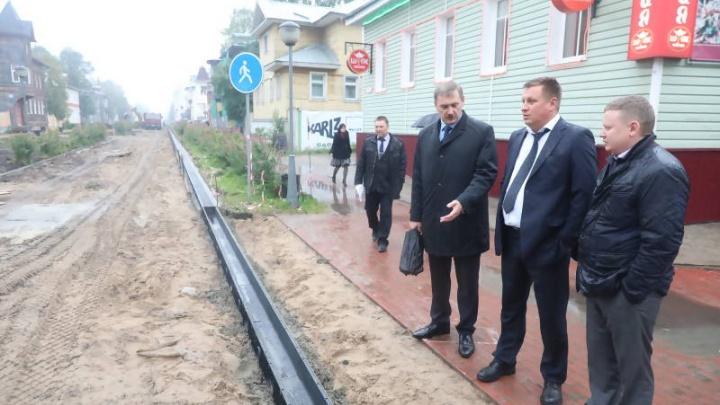 Игорь Годзиш остался недоволен ходом работ на проспекте Чумбарова-Лучинского