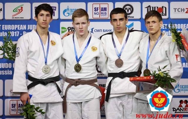 Челябинские дзюдоисты привезли две золотые медали с Кубка Европы в Туле