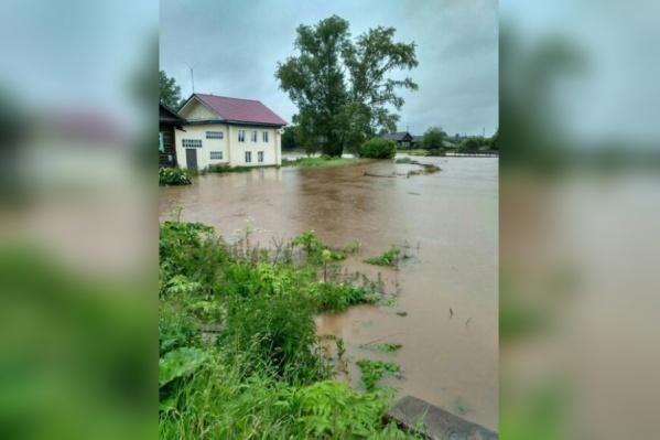 Поселок Майкор затопило утром 3 июля