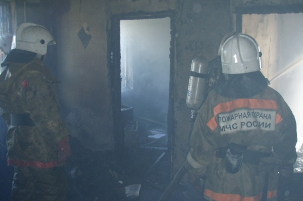 Дом, в котором произошел пожар, полностью выгорел