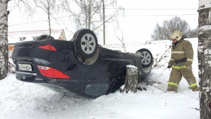 День жестянщика: в Ярославской области разбились и перевернулись несколько машин