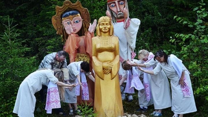 «Золотая баба» и языческие идолы: в заповеднике «Вишерский» открылась новая экотропа