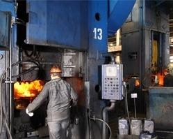 Сотрудники ЧКПЗ получили награды ко Дню машиностроителя