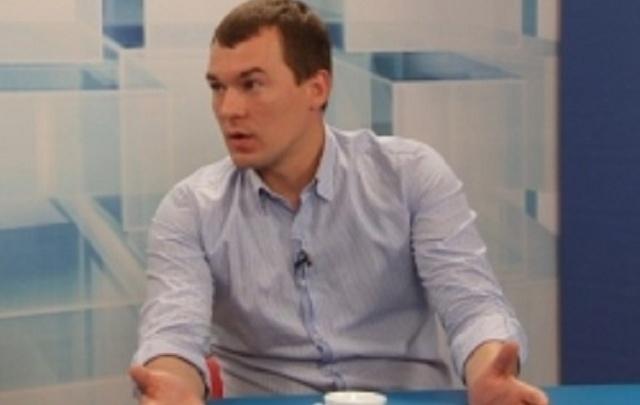 «Смеются невежды»: Михаил Дегтярев ответил на критику идеи перенести старт учебного года