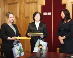 Участники программы «Жилье для российской семьи» получили сертификаты
