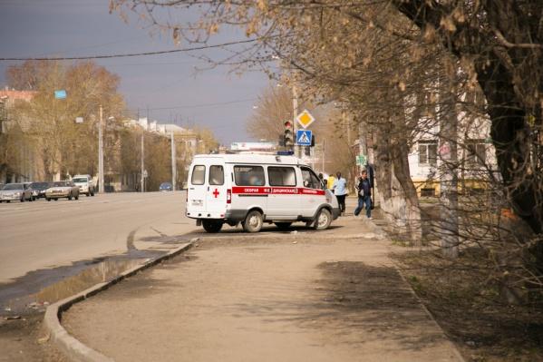 С места ДТП в больницу доставили 19-летнюю пассажирку ВАЗа