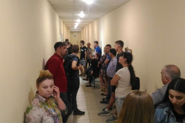 Волгоградцы зря потратили время в ожидании бесплатных билетов