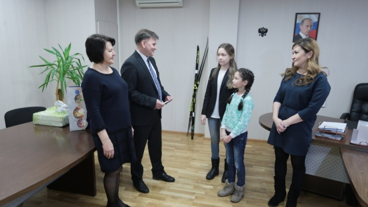 Путин сделал подарок на Новый год двум сёстрам из Челябинска