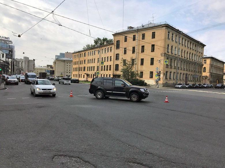 Фото из группы «Экстренный вызов Санкт-Петербург» в «ВК»