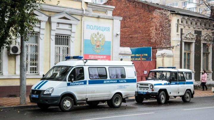 Автоугонщика из Таганрога поймали после того, как он протаранил дерево