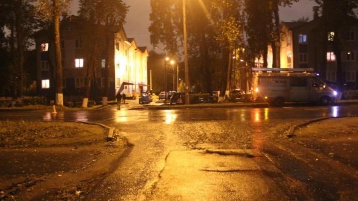 В Северодвинске водитель Ореl Zаfirа врезался в ГАЗ и влетел в дерево