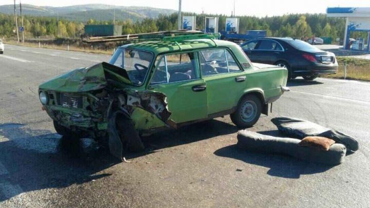 83-летний пенсионер за рулём спровоцировал аварию на М-5, двое в больнице