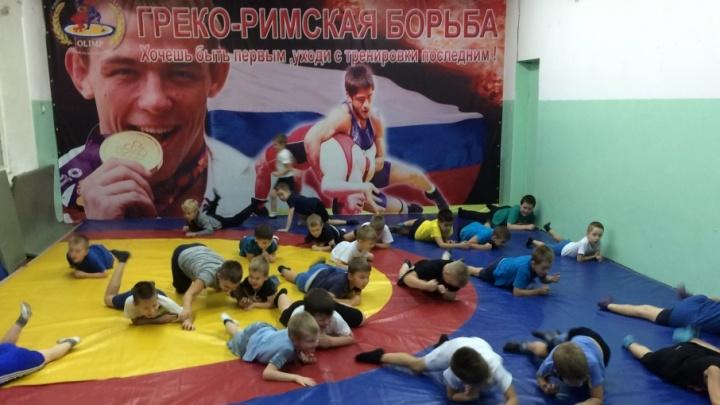 Впервые в Архангельске в спортивные секции набирают детей с нарушением слуха