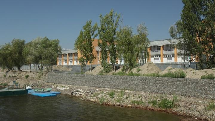 В Ростове почти завершено выравнивание дна Гребного канала