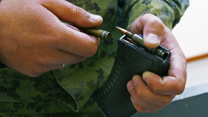 Автомат, граната и ружьё: в Челябинске у наркомана с передозировкой нашли арсенал