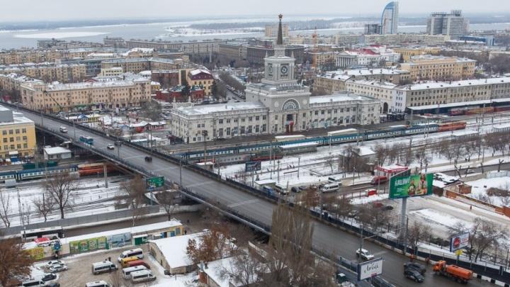 Вокзал Волгоград-1 отгородят от привокзальной площади стеклянным забором