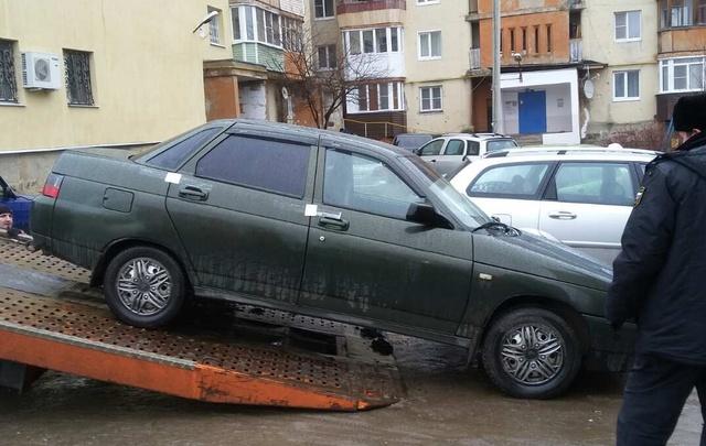 Ярославским приставам пришлось снять квартиру, чтобы добраться до должника